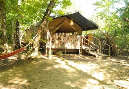 Tentes Safari du Grand Bois, Drôme (26)