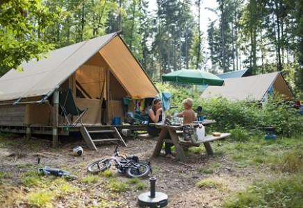 Campement Huttopia Senonches, Eure-et-Loir, Cabanes, Cahuttes, Tentes Toile et Bois