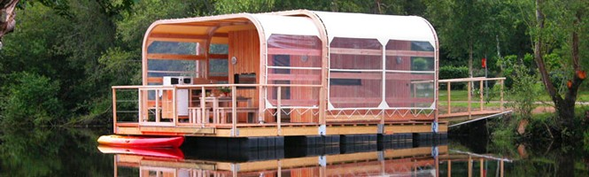 cabanes sur l 39 eau en france par r gion weekend glamping. Black Bedroom Furniture Sets. Home Design Ideas